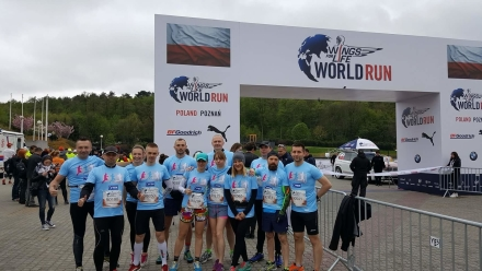 Silna reprezentacja JYSK na charytatywnym biegu Wings for Life World Run Do