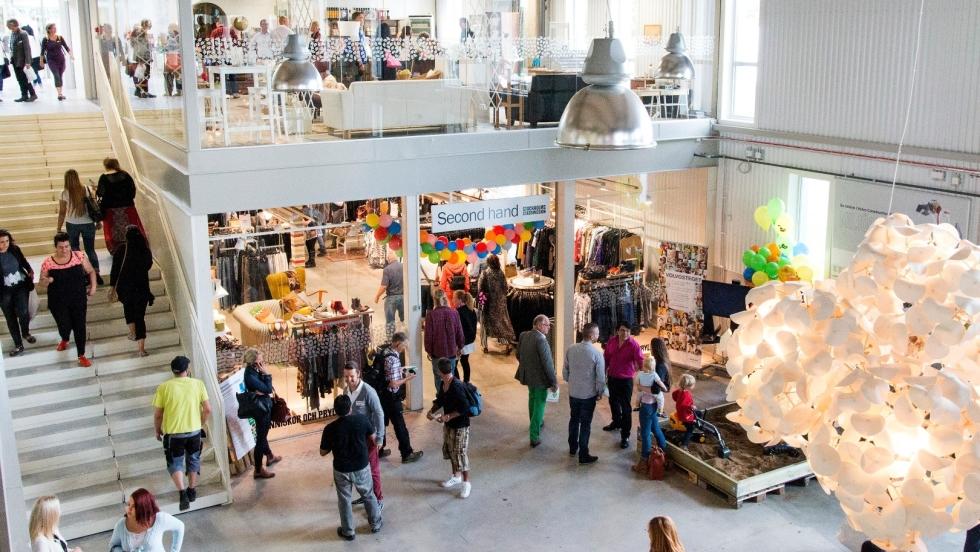 26c533445a W Szwecji pojawiła się galeria handlowa z używanymi rzeczami ...